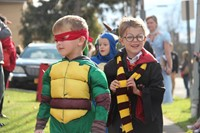 little boys dressed as ninja turtle and harry potter
