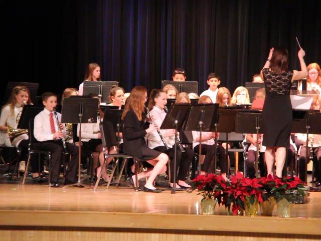 sixth grade band playing instruments