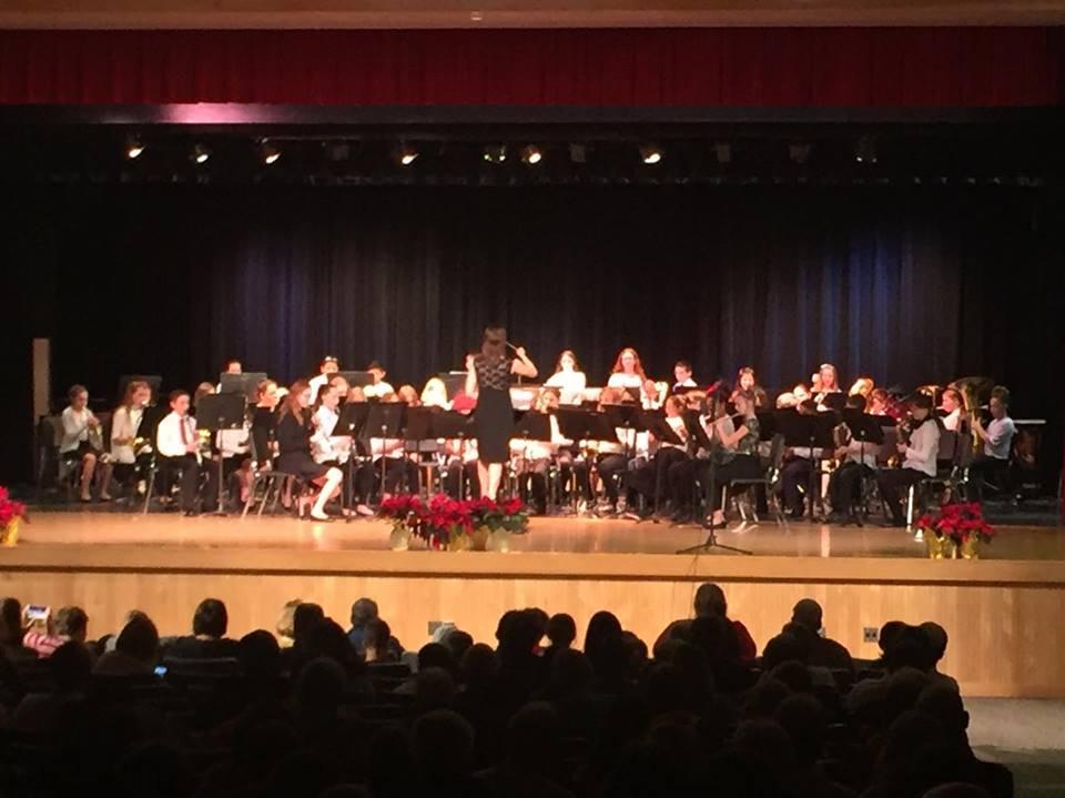 sixth grade band playing