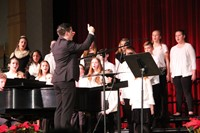 sixth grade chorus singing