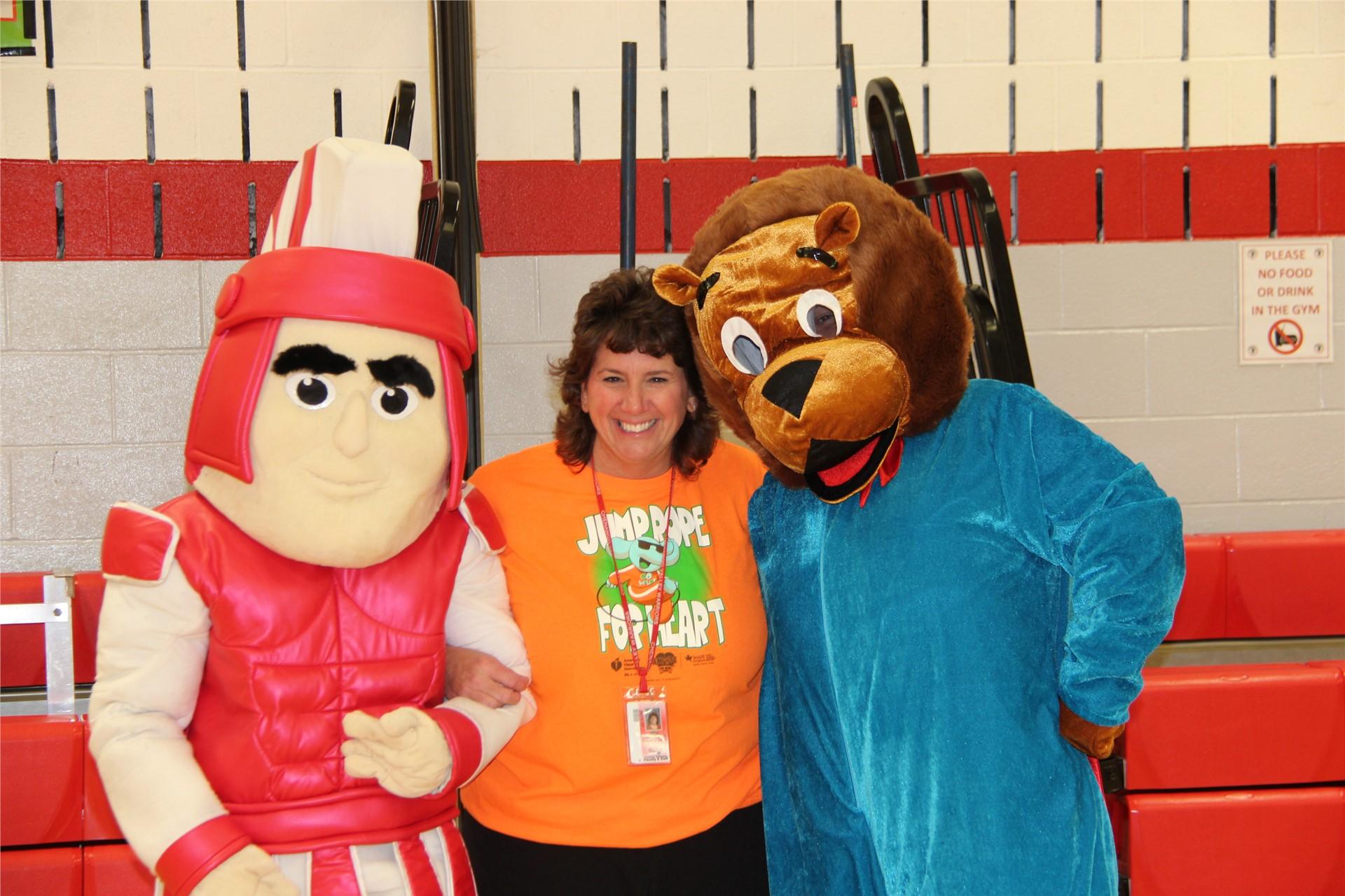 principal hammond with bear and warrior mascot 3