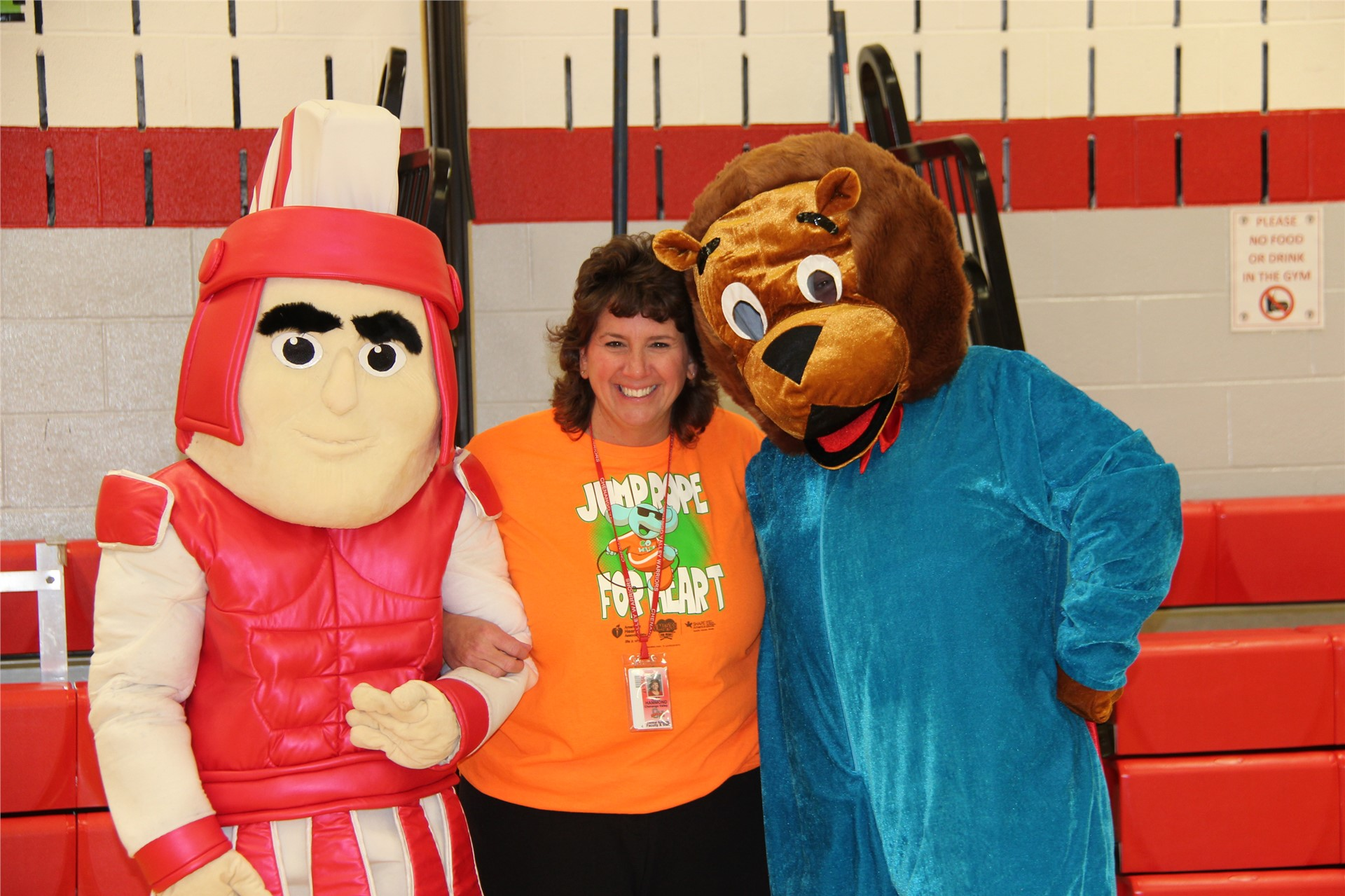 principal hammond with bear and warrior mascot 4