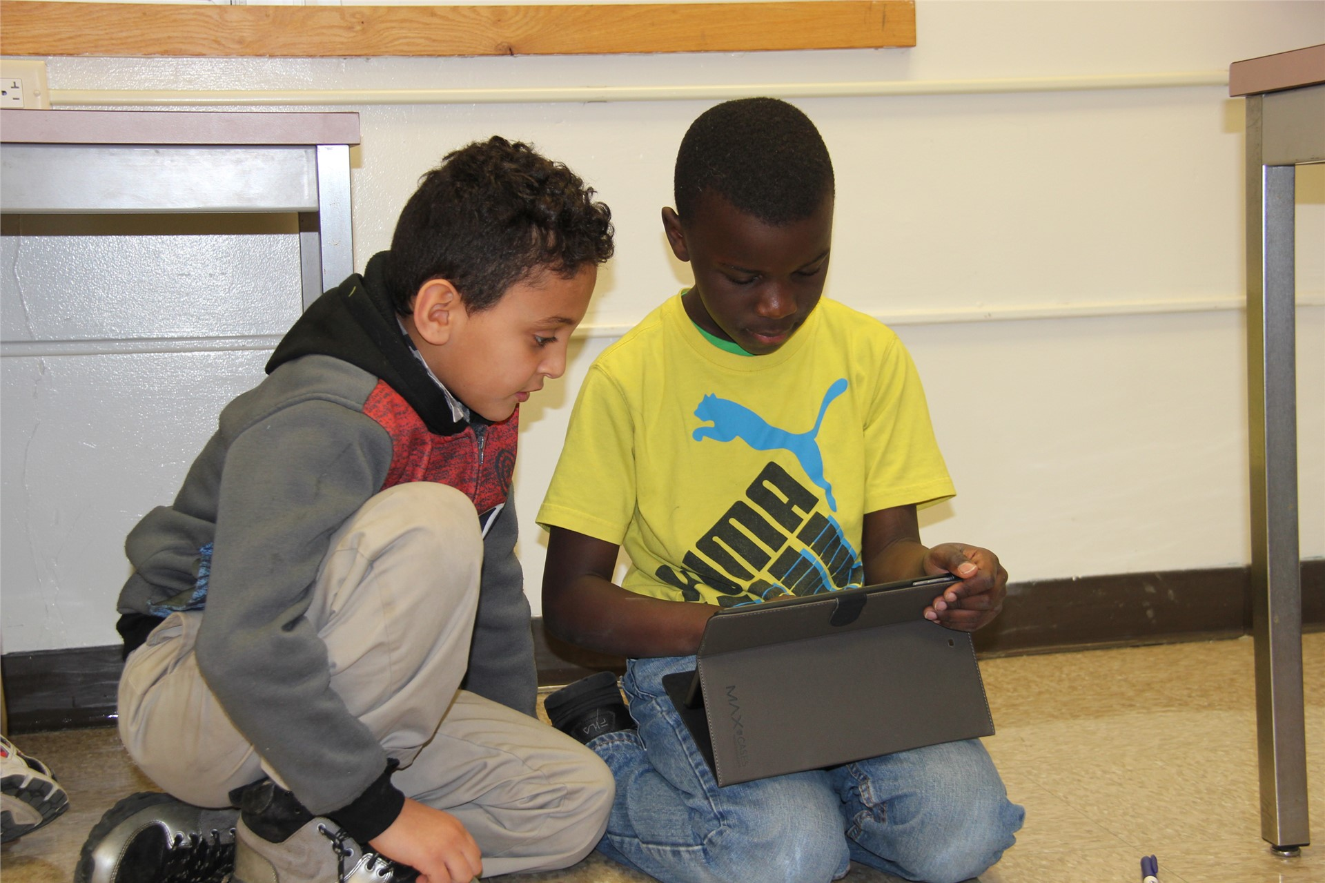 students control device by i pad