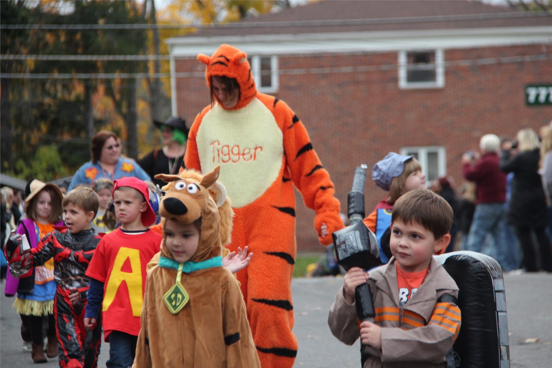 Port Dickinson Elementary Halloween Parade 34