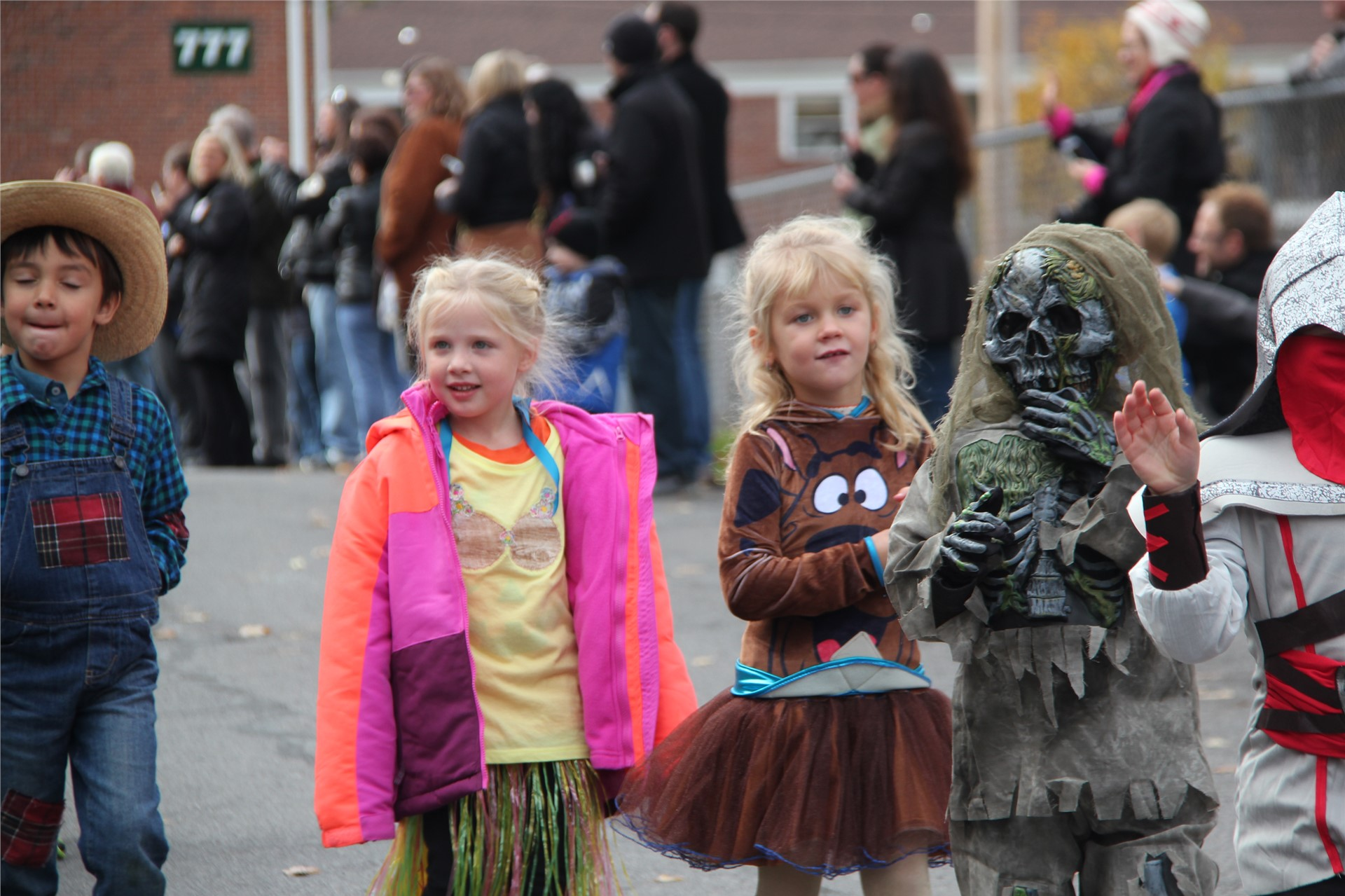 Port Dickinson Elementary Halloween Parade 69