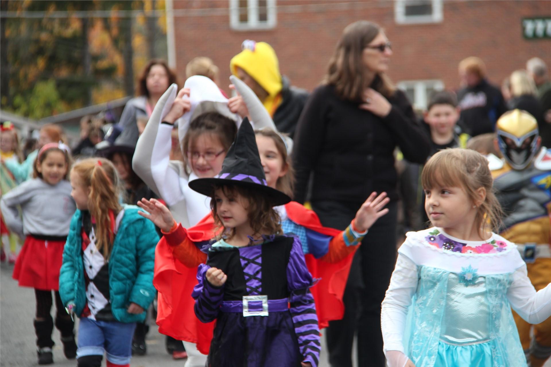 Port Dickinson Elementary Halloween Parade 74