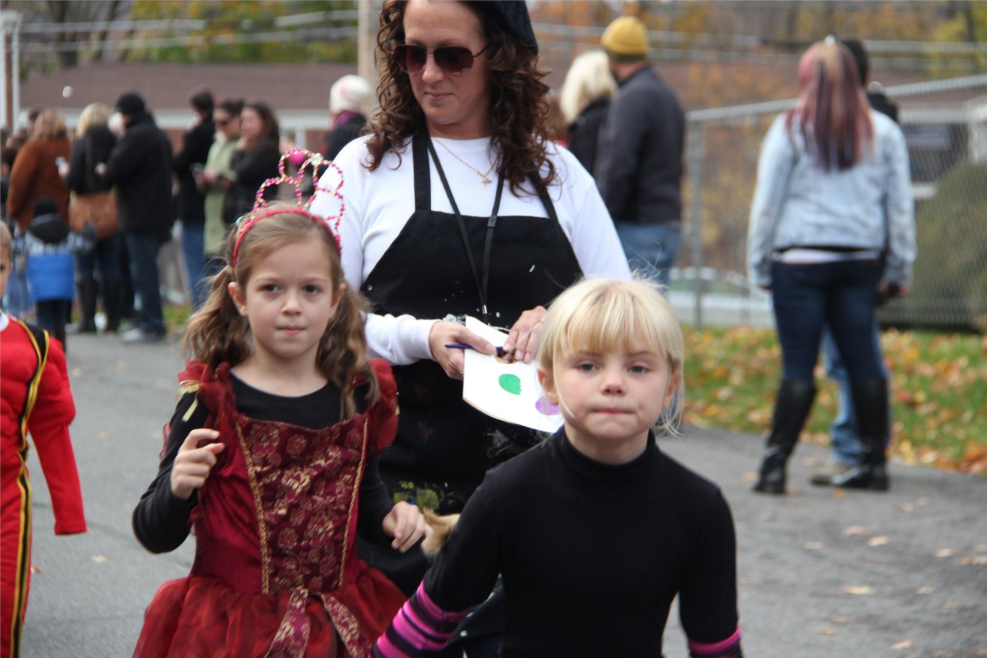 Port Dickinson Elementary Halloween Parade 99