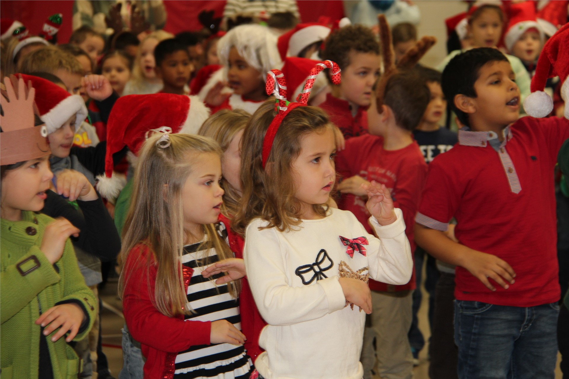 Holiday Sing Along 32