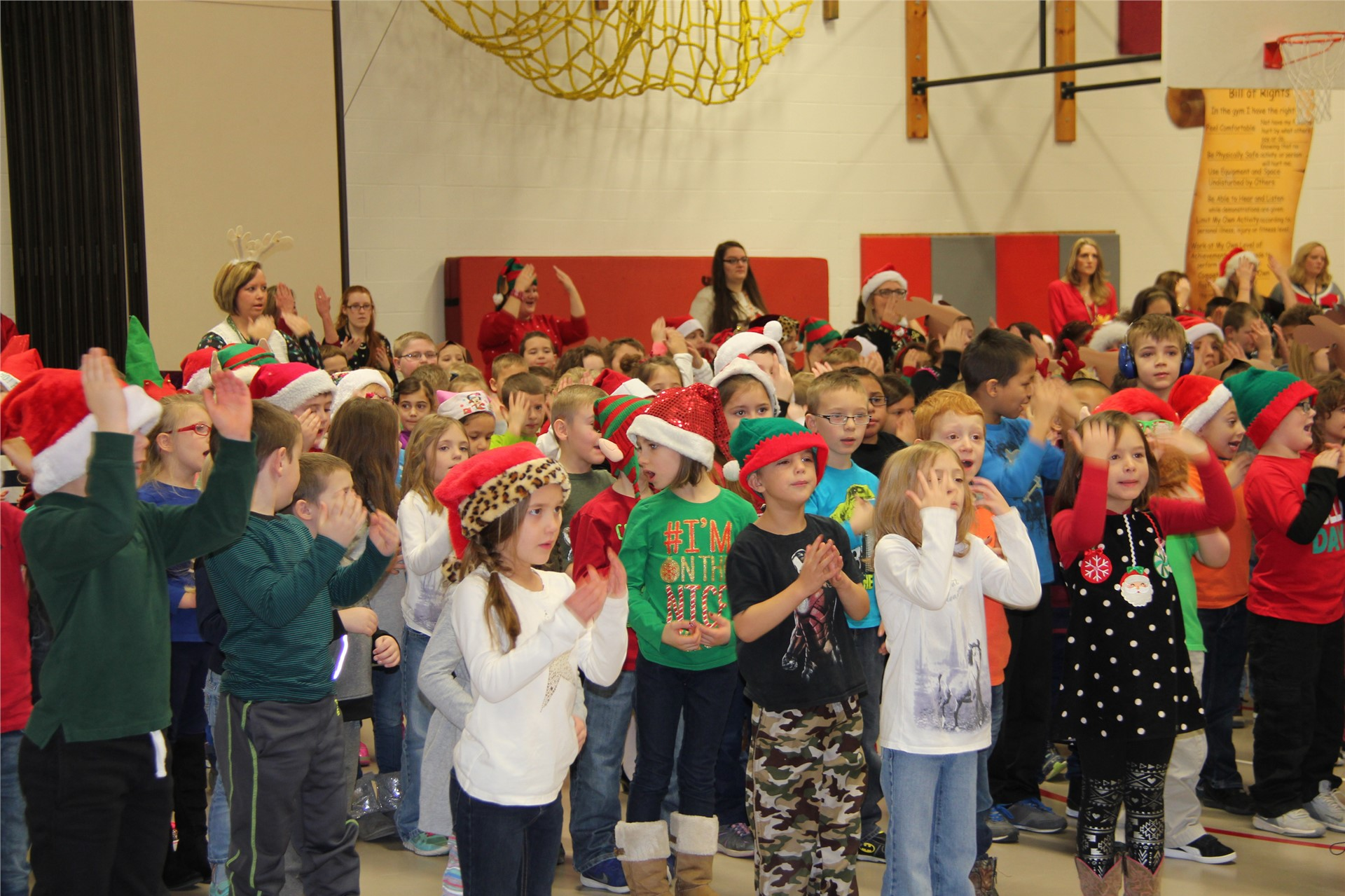 Holiday Sing Along 33