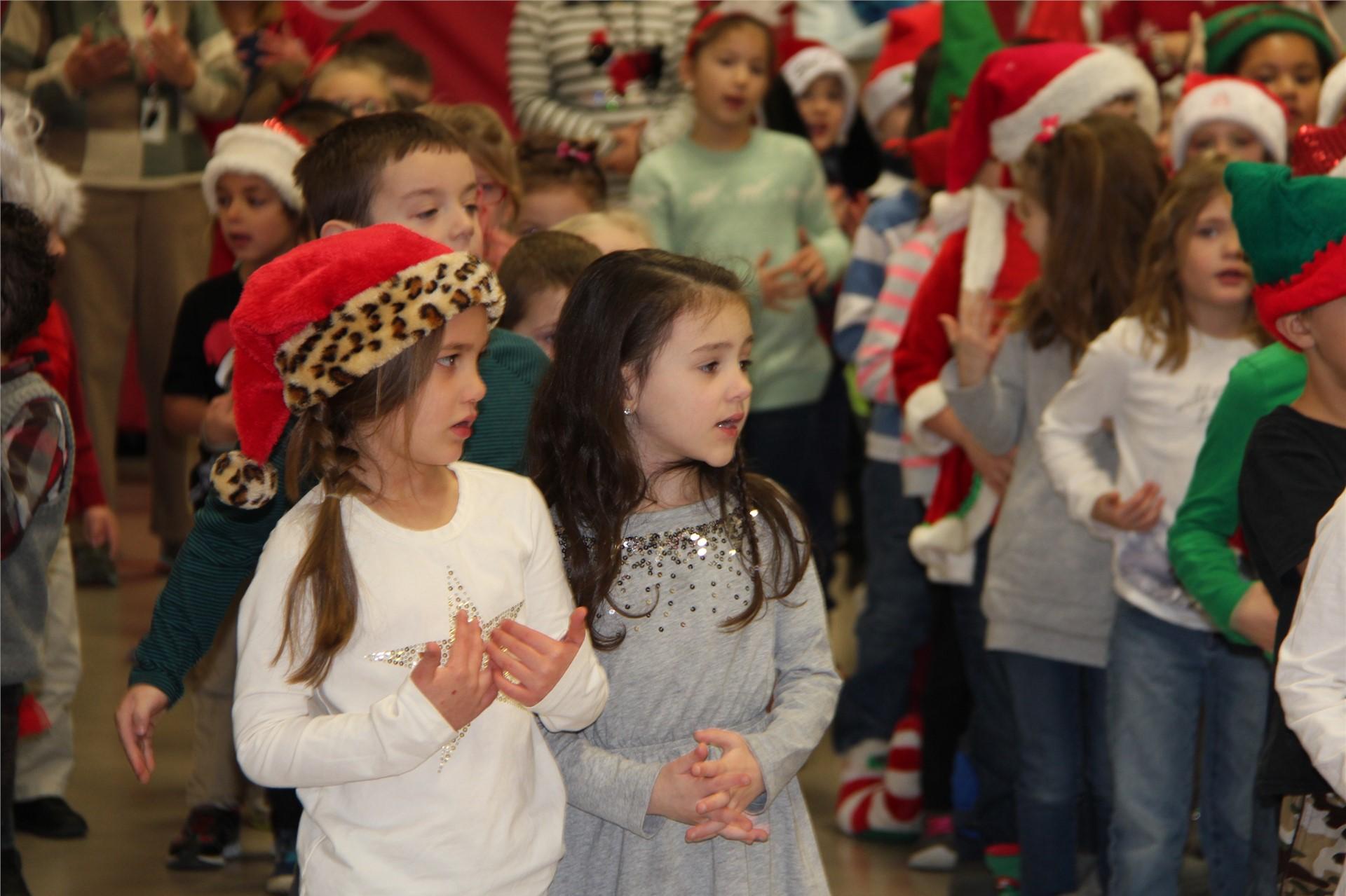 Holiday Sing Along 30