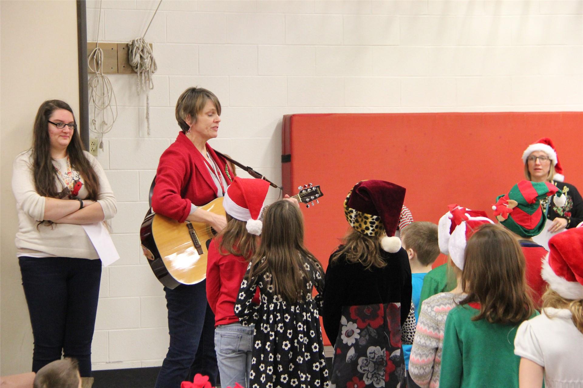 Holiday Sing Along 61