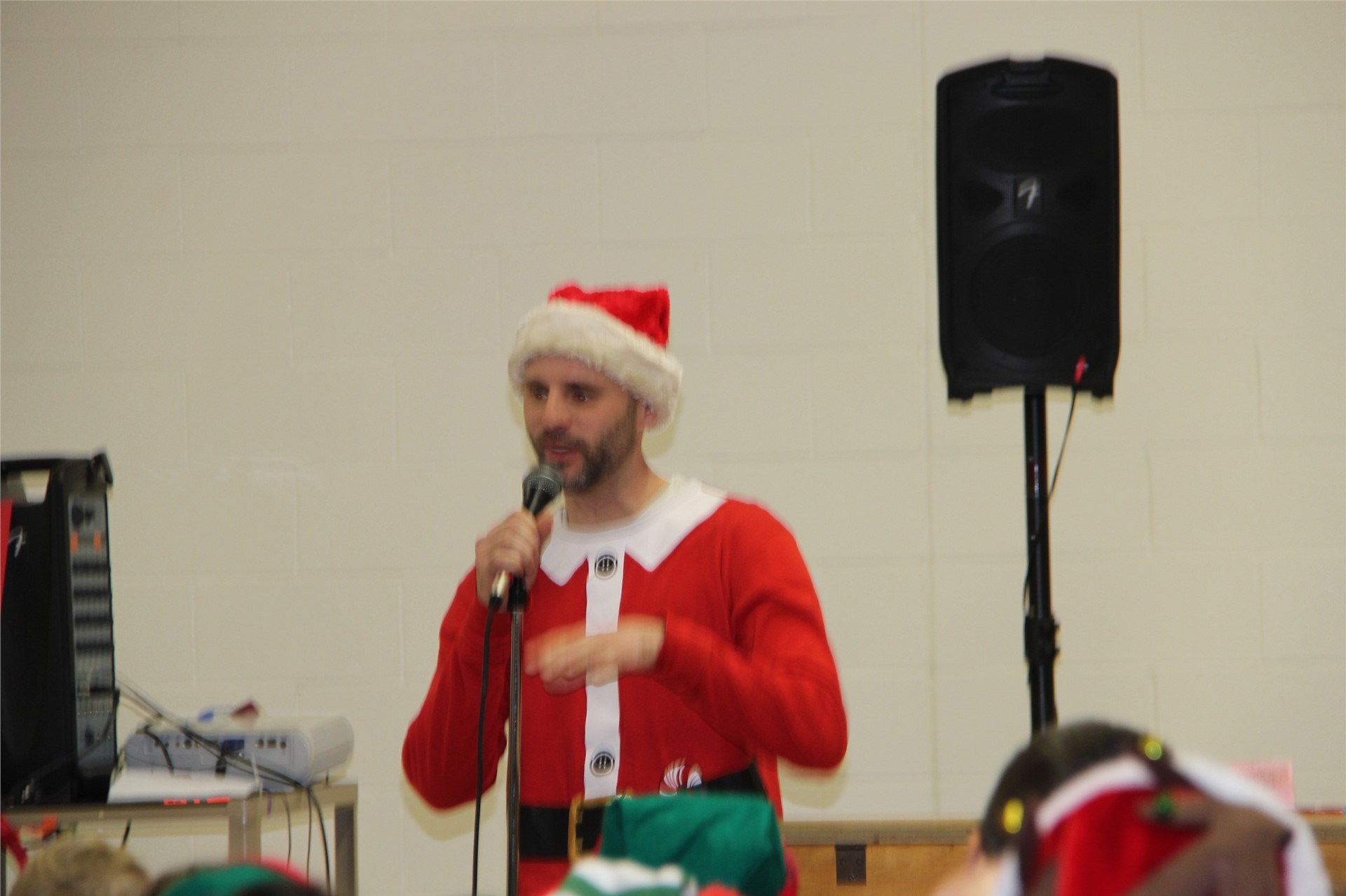 Holiday Sing Along 97