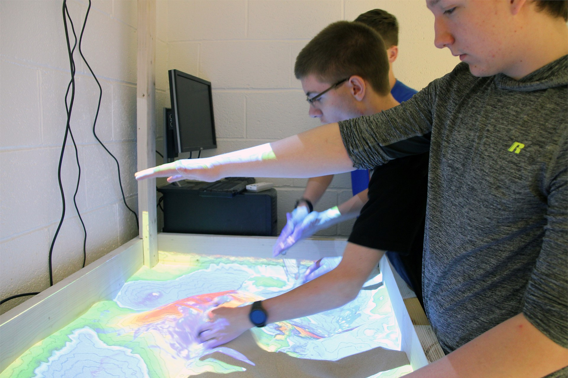 students with augmented reality map