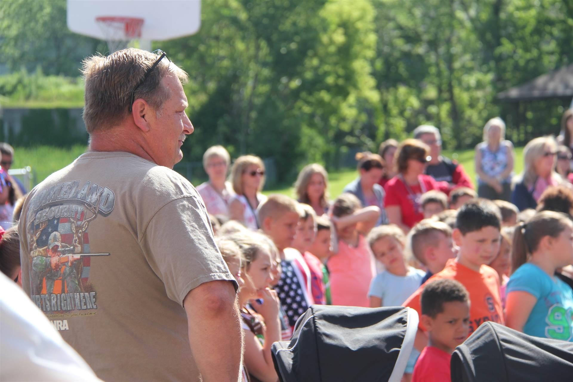 veteran overlooks Port Dickinson annual Flag Day