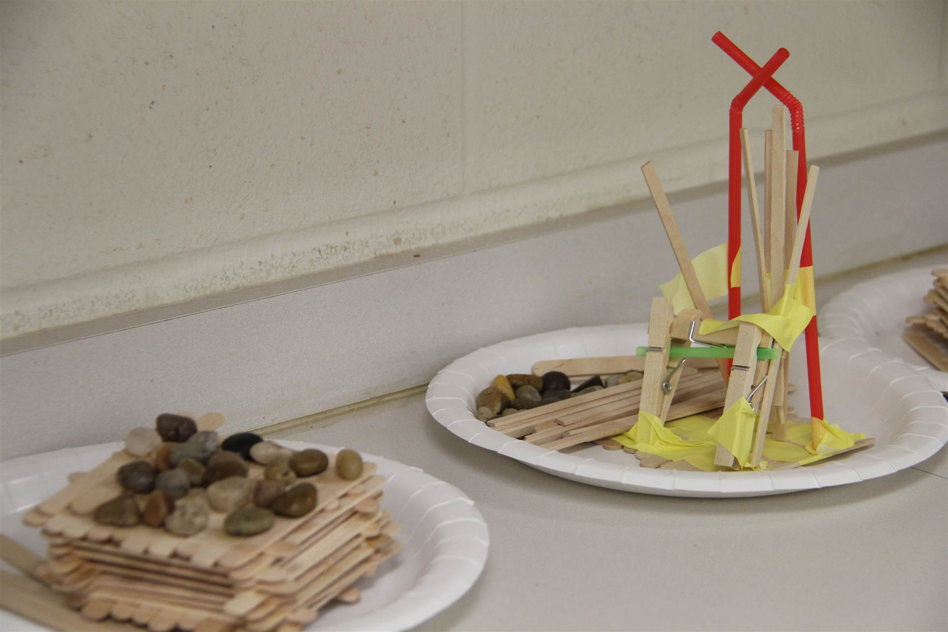 summer steam three little pigs houses challenge houses made of different objects.
