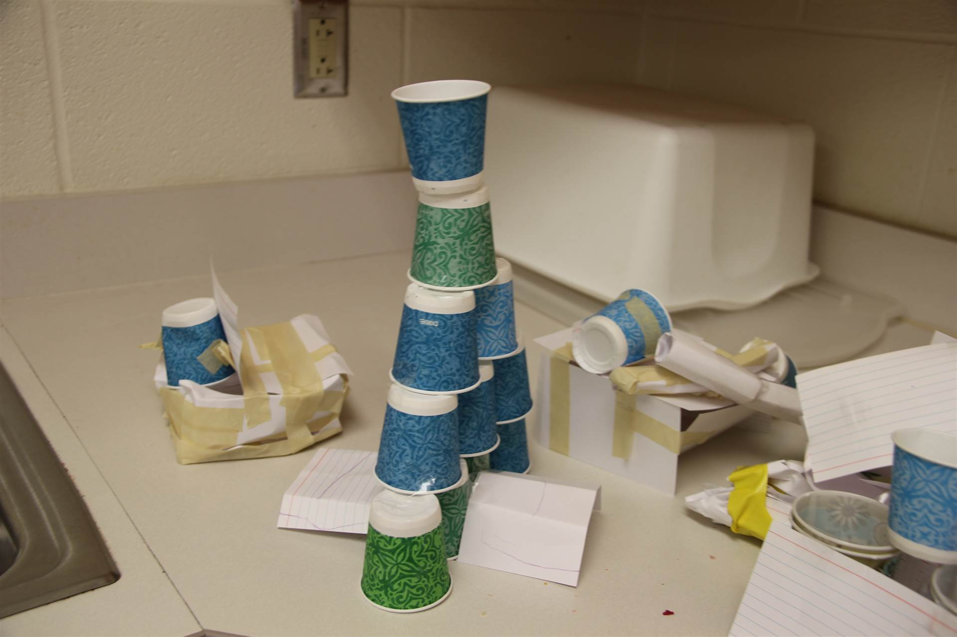 three little pigs challenge houses made of paper cups.
