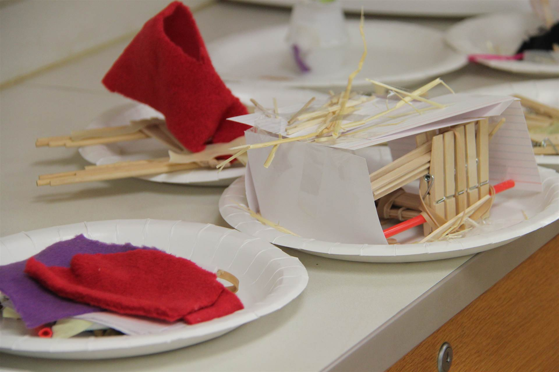 more examples of three little pigs challenge houses made of various objects