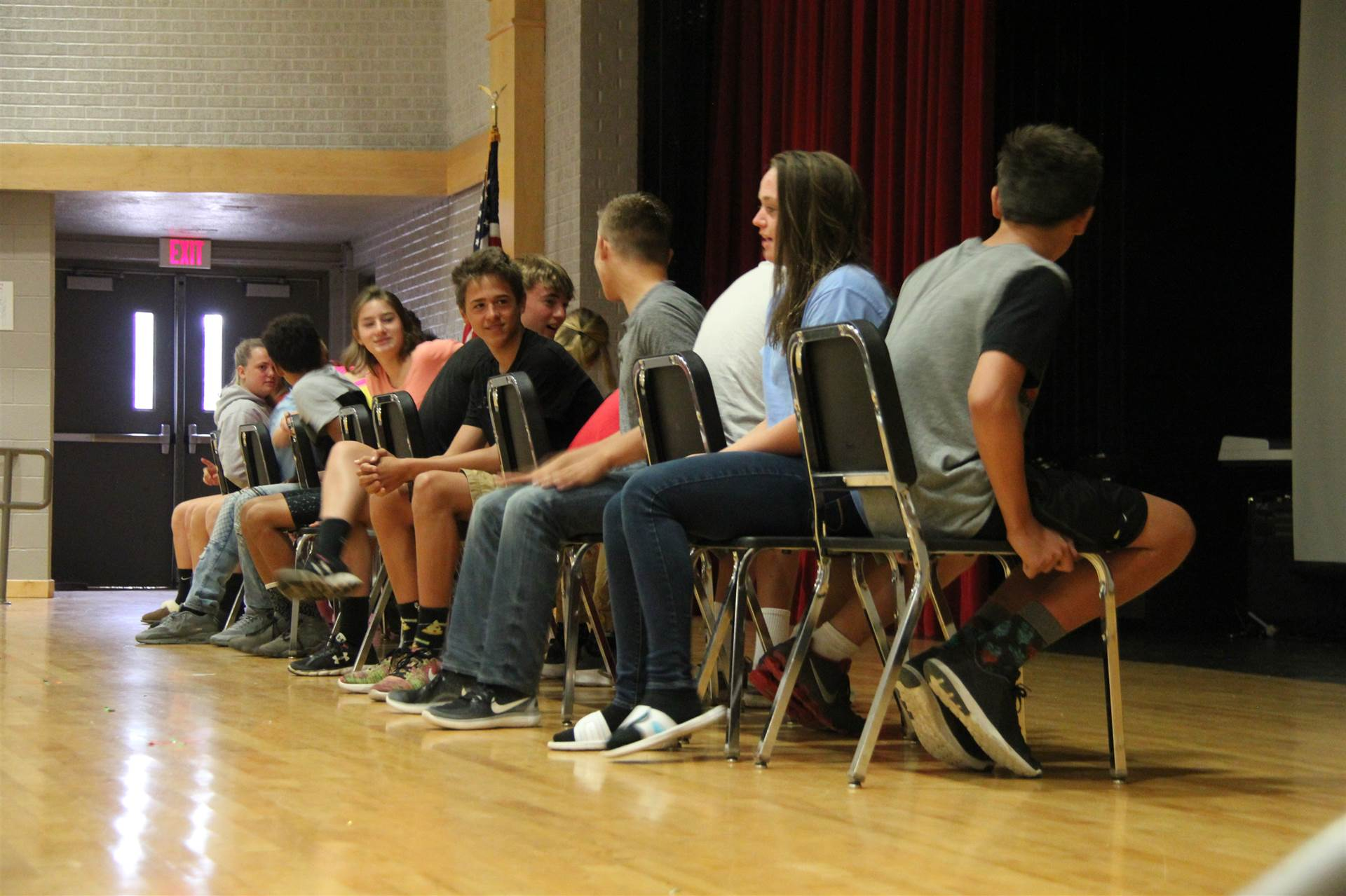 students play musical chairs at freshman orientation