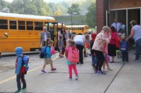 wide shot of port dickinson elementary students on first day of school
