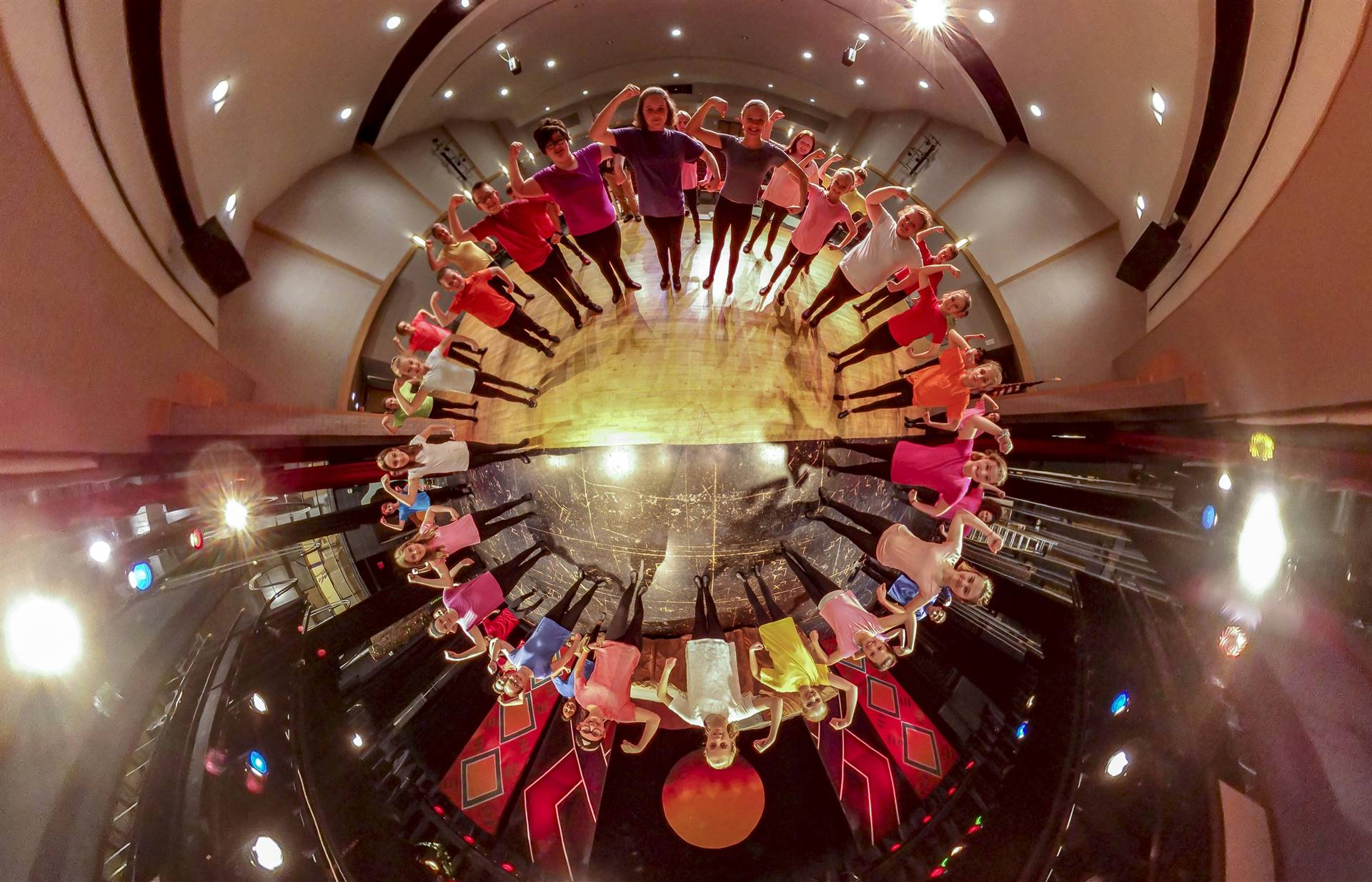 another photo of lion king junior cast in 360 degree circle