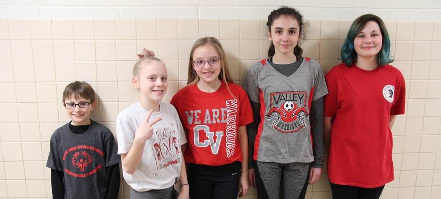 chenango bridge students wearing warrior shirts