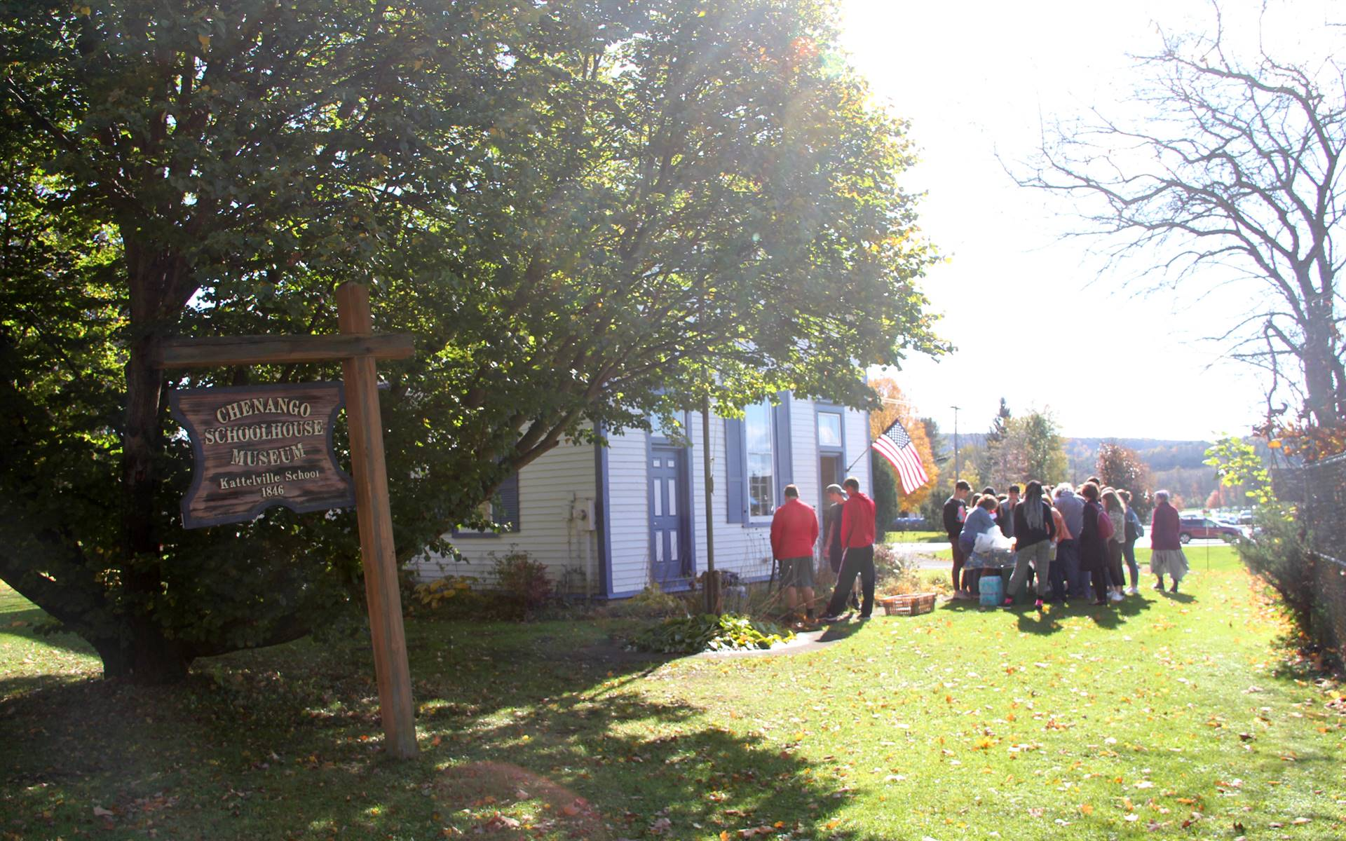 students outside of chenango schoolhouse museum