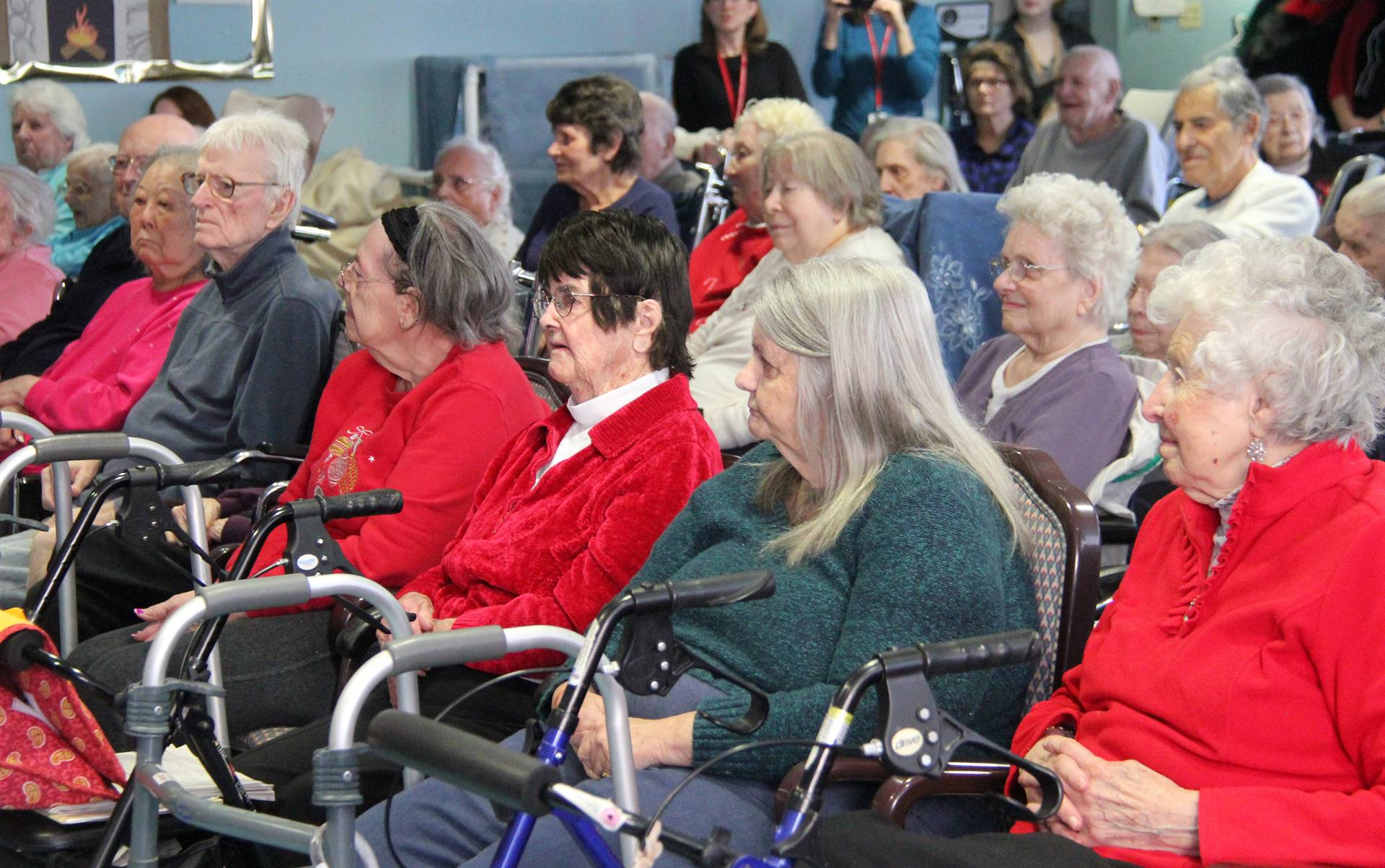 audience of elizabeth church manor residents