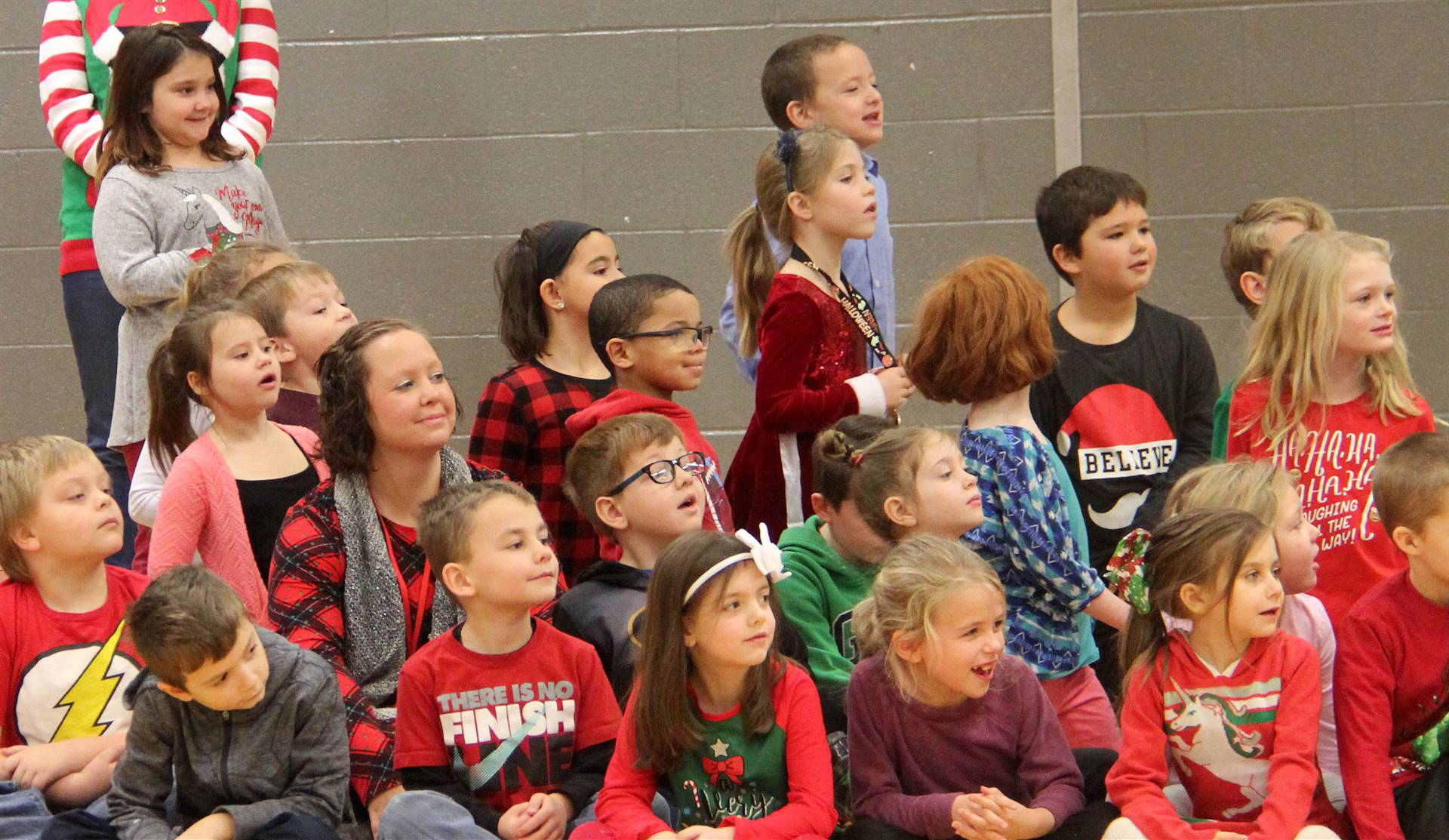 additional students watching activity