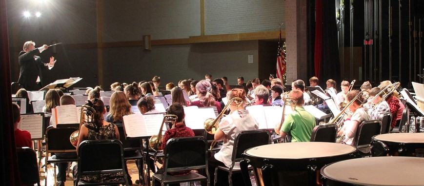 chenango bridge band students performing in winter concert