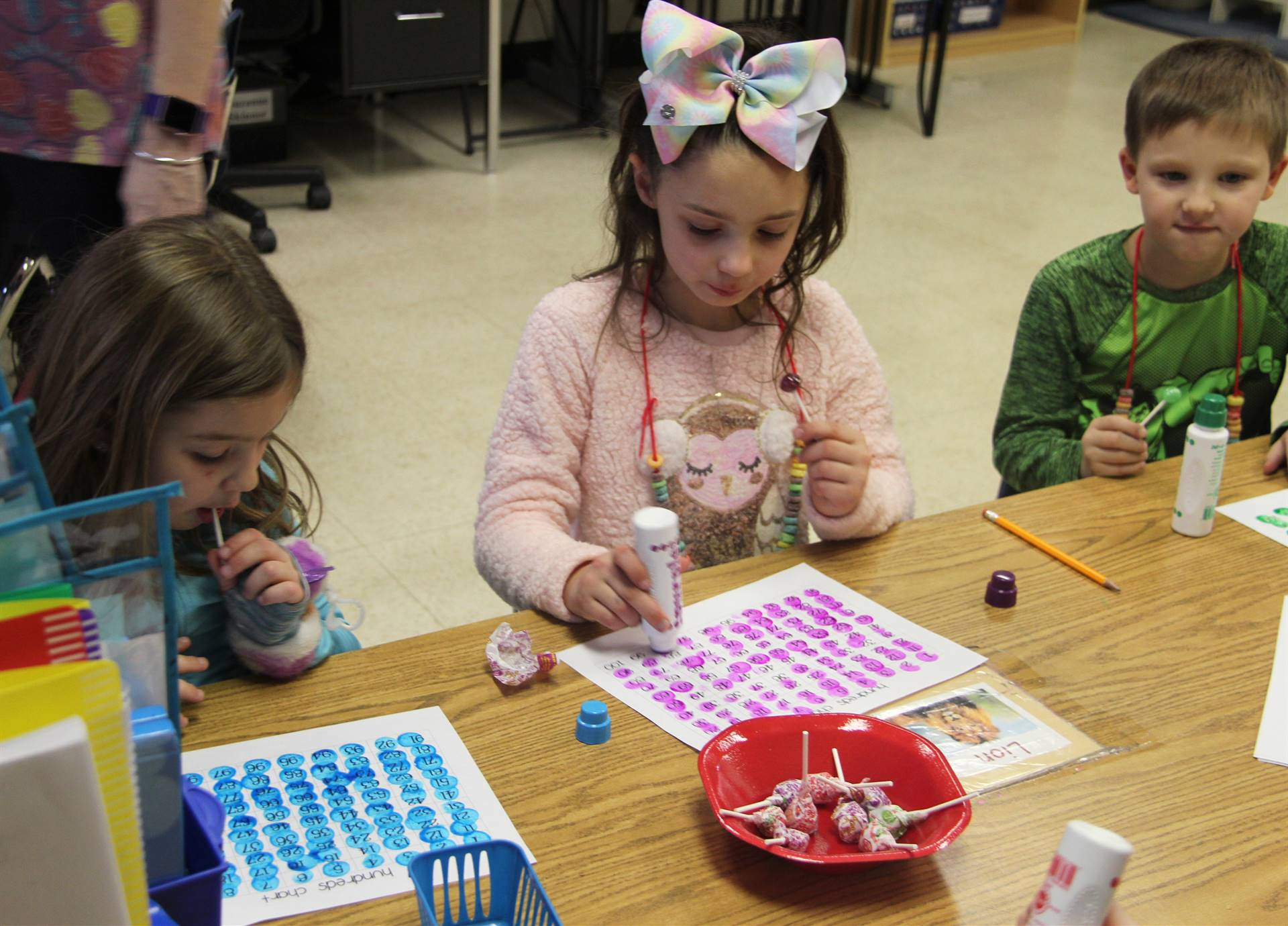 additional students taking part in 100 days of school activity