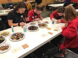students working on glass projects