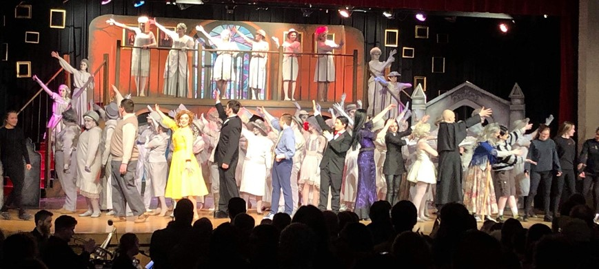Addams Family Cast Bow at End of Show