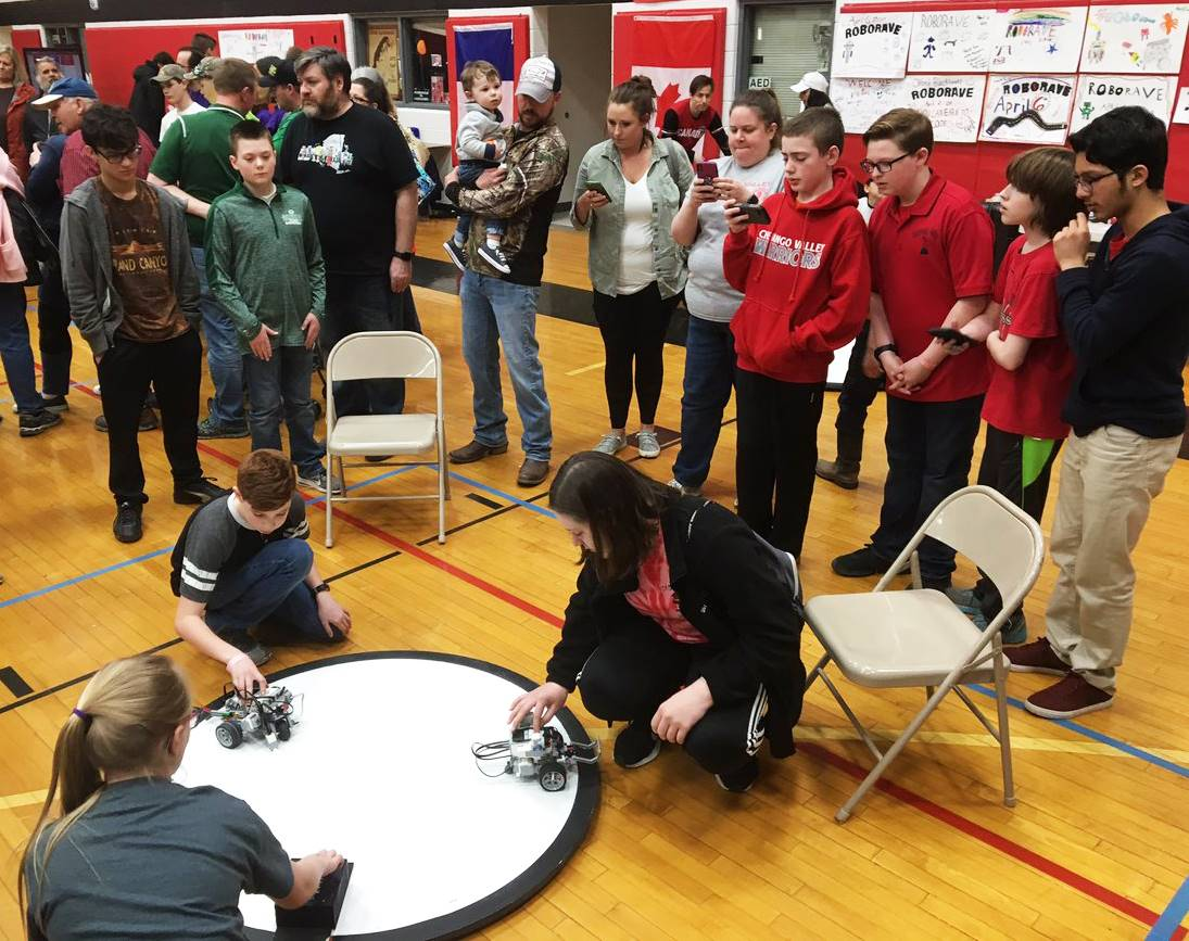 students taking part in robo rave competition 19