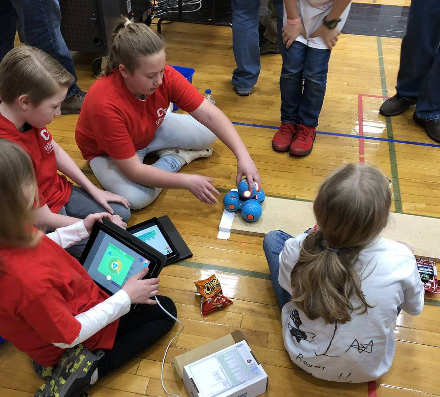 students taking part in robo rave competition 17