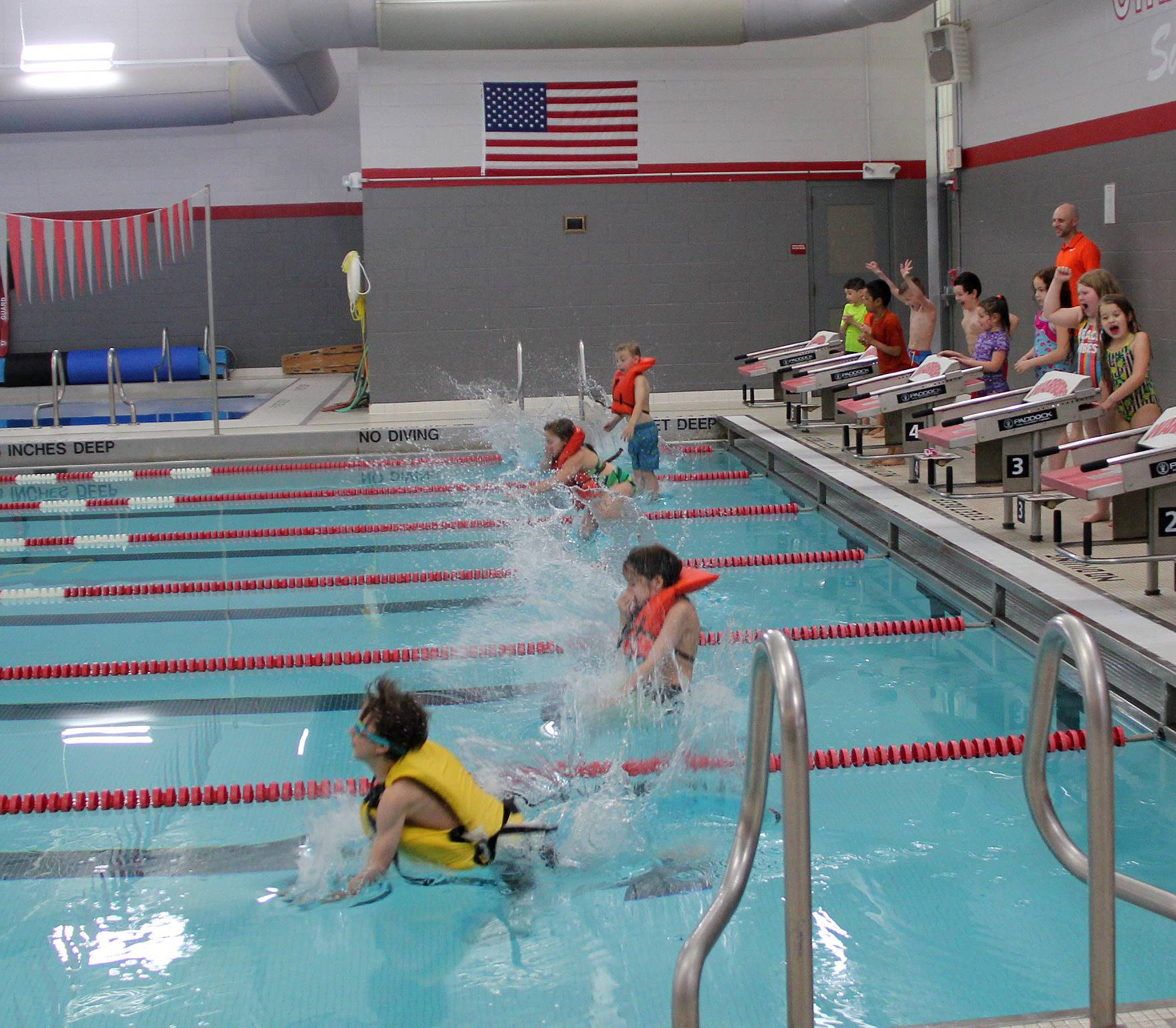Port Dickinson Elementary students taking part in swim unit 10