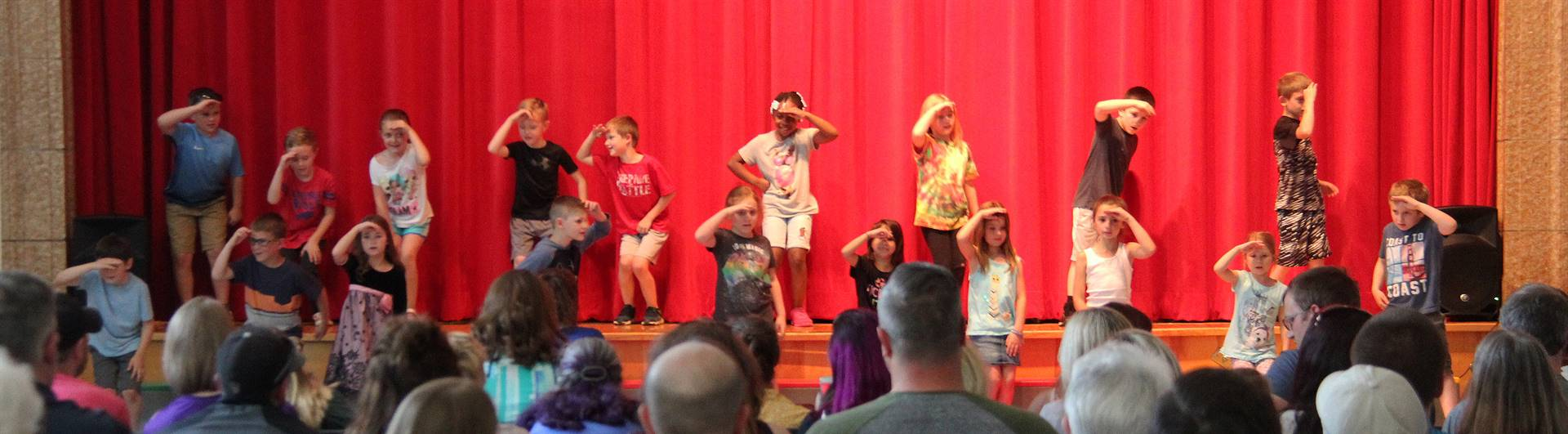 students singing in first grade show 8