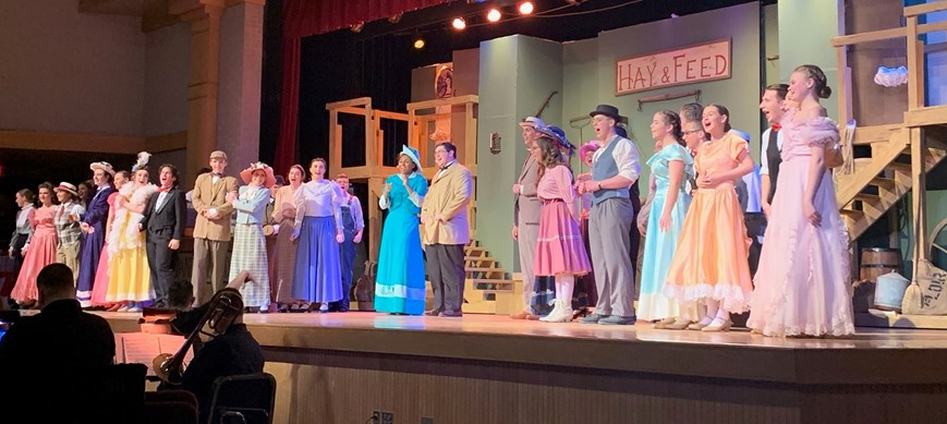 hello dolly cast and crew on stage