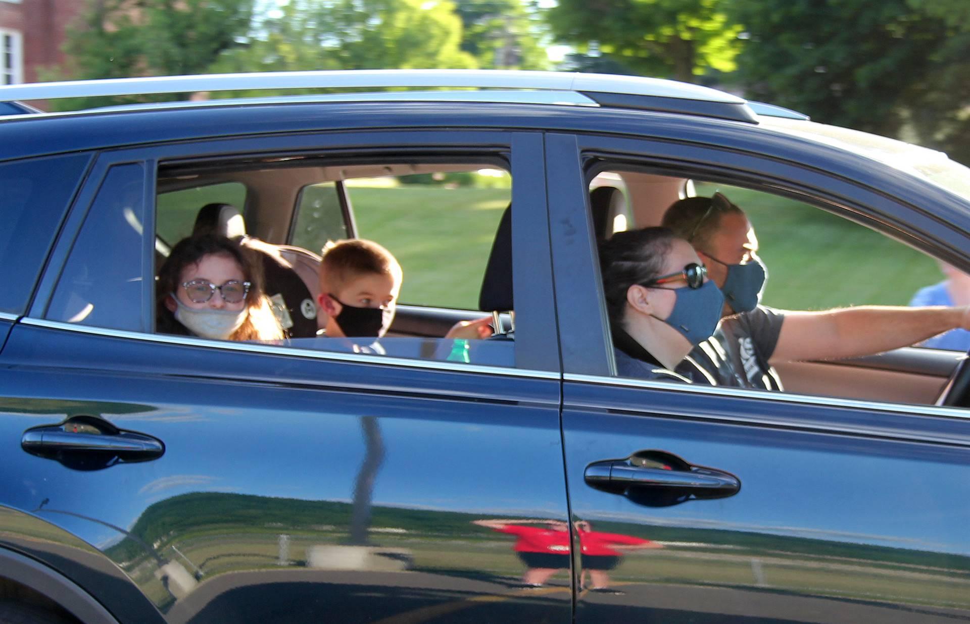 elementary summer send off photo 250